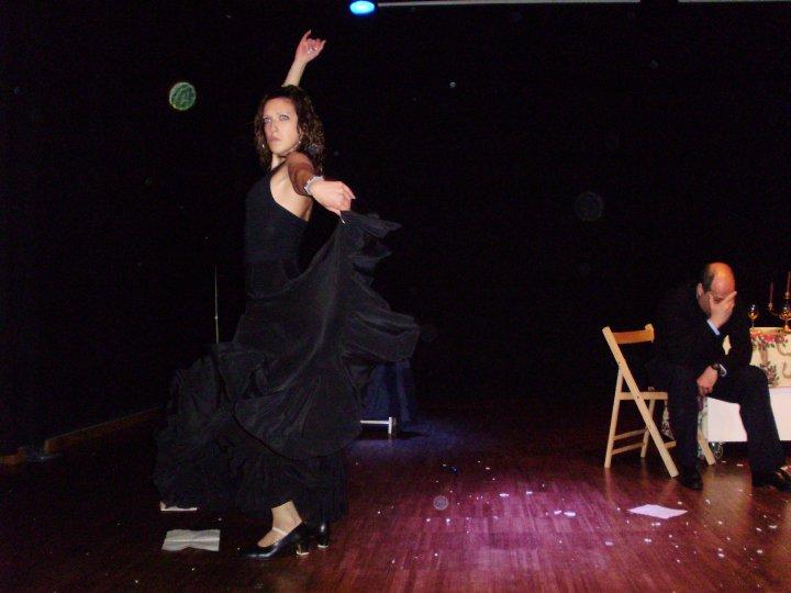Cristina bailando