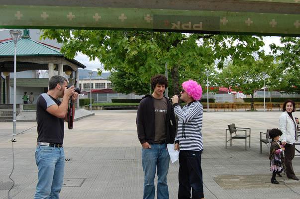 Foto de prensa en una entrevista.