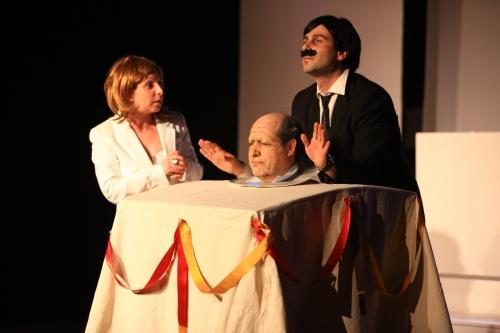 Vuelve, bigotillo, vuelve (David Barbero).